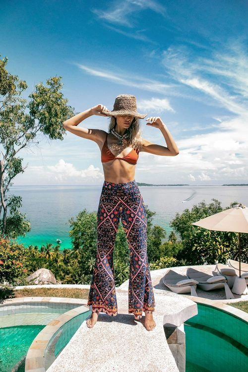 Le-SALTY-OASIS-FLARE-PANTS